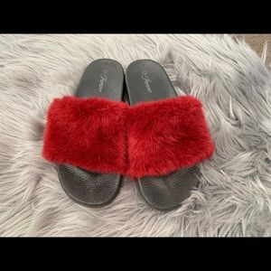 Shoes - Cute Fuzzy Slides